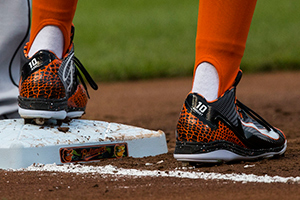 Adam Jones Baseball  Cleats